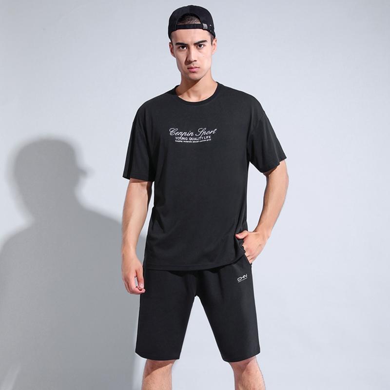 誠品 寬松舒適速干透氣男款圓領短袖T恤 黑色